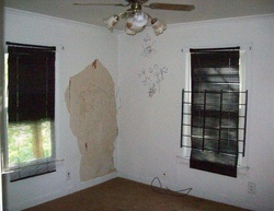 N 48th St, Milwaukee, WI Foreclosure Home