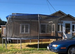 Laurel Ave, Reedsport, OR Foreclosure Home