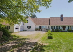 West Ln, Niantic, CT Foreclosure Home