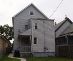 S 9th Pl, Milwaukee, WI Foreclosure Home
