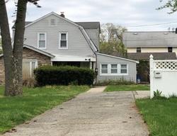 Lillian Ave, Freeport