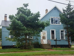 Roosevelt Ave, Two Rivers, WI Foreclosure Home