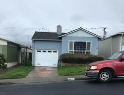 Lakeshire Dr, Daly City