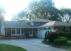 Danberry Dr, North Olmsted