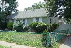 Myers Ave, Hicksville
