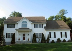 Meadow Crest Dr, Mahopac