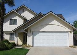 N Saratoga Ave, Fresno