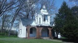 Pine St, Jefferson