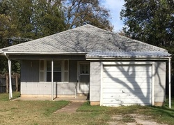 S Elm St, Pauls Valley, OK Foreclosure Home