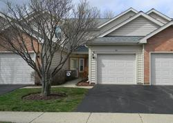 Golfview Dr, Glendale Heights