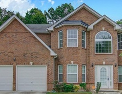 Browns Mill Ln, Lithonia