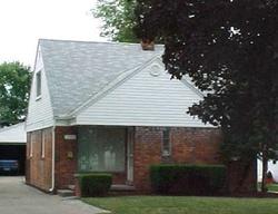 Cadillac Ave, Warren
