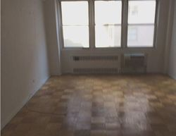 E 55th St Apt 9c, New York