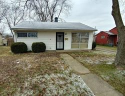 Wellington Blvd, Shelbyville, IN Foreclosure Home