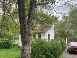 Inwood Ave, Selden