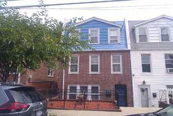Quincy Ave, Bronx