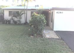 Nw 14th Ct, Fort Lauderdale