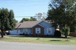 Pin Oak Dr, Hopkinsville