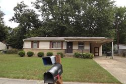 Ardmore St, Memphis, TN Foreclosure Home