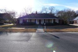 Woodland Ridge Ave, Baton Rouge