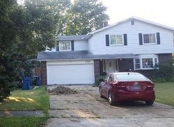 Camellia Ln, North Olmsted
