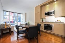 Broadway Apt 12e, New York
