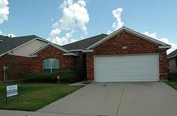 Pineview Ln, Fort Worth