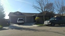 S Apple Ave, Reedley
