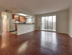 Clifton Blvd Apt 401, Lakewood, OH Foreclosure Home
