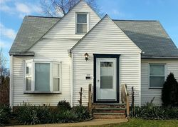 Tonsing Dr, Cleveland, OH Foreclosure Home