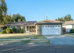 E Donner Ave, Fresno