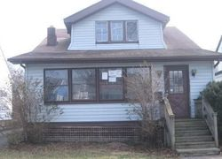 W 129th St, Cleveland