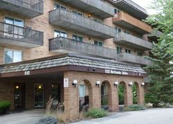 Redondo Dr Apt 412, Downers Grove