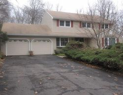 Skyview Dr, Trumbull
