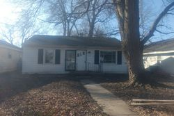 W 17th St, Muncie, IN Foreclosure Home
