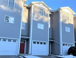 S Main St Apt 105, Jewett City