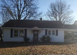 W 6th St, Rector, AR Foreclosure Home