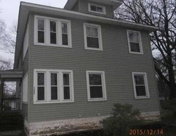 E Maple St, Kankakee, IL Foreclosure Home