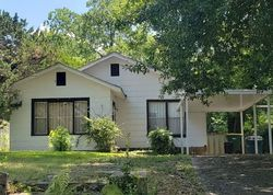 S Battery St, Little Rock, AR Foreclosure Home
