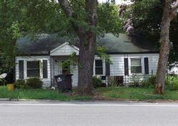Oak Ave, Lexington
