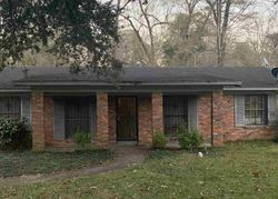 Catalina Cir, Jackson, MS Foreclosure Home