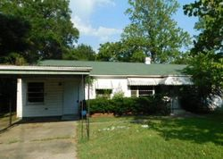 Francis St, Warner Robins, GA Foreclosure Home