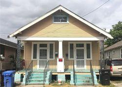 Dhemecourt St, New Orleans