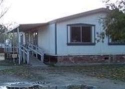 W Wade Ave, Tulare