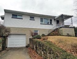Westmoreland Dr, Dunbar, WV Foreclosure Home