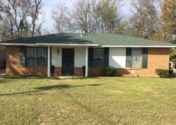 Oakbrook Dr, Montgomery, AL Foreclosure Home