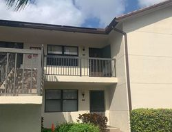 Tahiti Ln Apt 202, Lake Worth