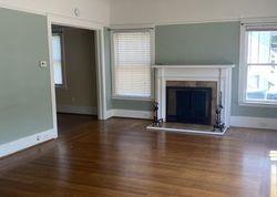 Q St, Sacramento, CA Foreclosure Home