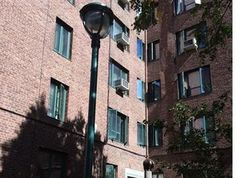 Metropolitan Ave Ap, Bronx