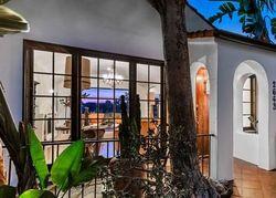 Hollyridge Dr, Los Angeles, CA Foreclosure Home